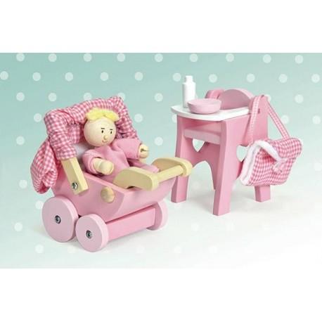 """Žaislai lėlių namui """"Slaugės rinkinys"""""""